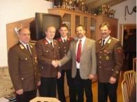 Gratulation durch die Ehrengeste und BGM Huber Martin